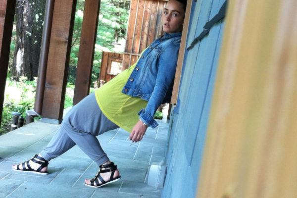 bohemian-pants-gladiator-sandals