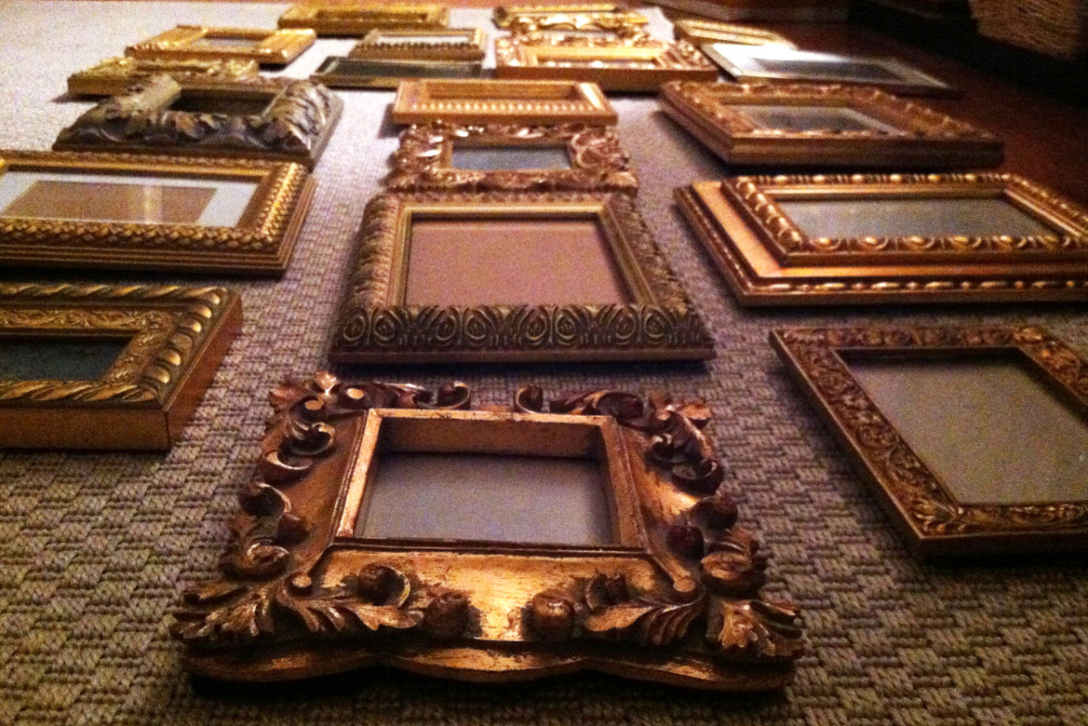 diy-art-and-wall-decor-picture-frame-gallery-wall