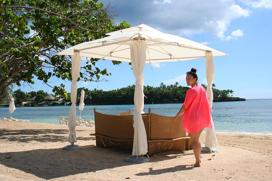 dominican-republic-beach-cabana