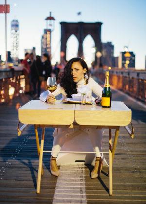 urtensils-picnic-basket-turned-table