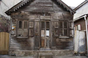 wooden-building-soufriere-saint-lucia