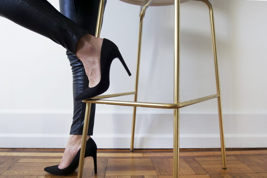 diy-gold-bar-stools-black-pumps