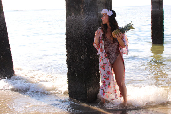 CURVY-bikini-model-pineapple-11