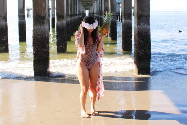 CURVY-bikini-model-pineapple-18