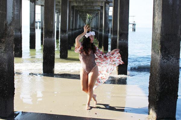 CURVY-bikini-model-pineapple-25