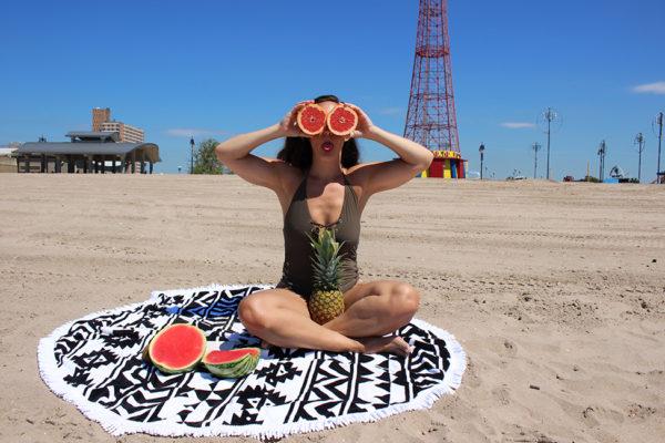 curvy-model-swimsuit-beach-photoshoot-9