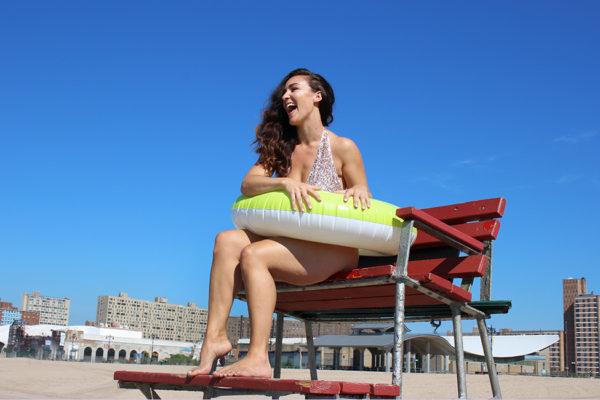 plus-size-model-beach-shoot-15