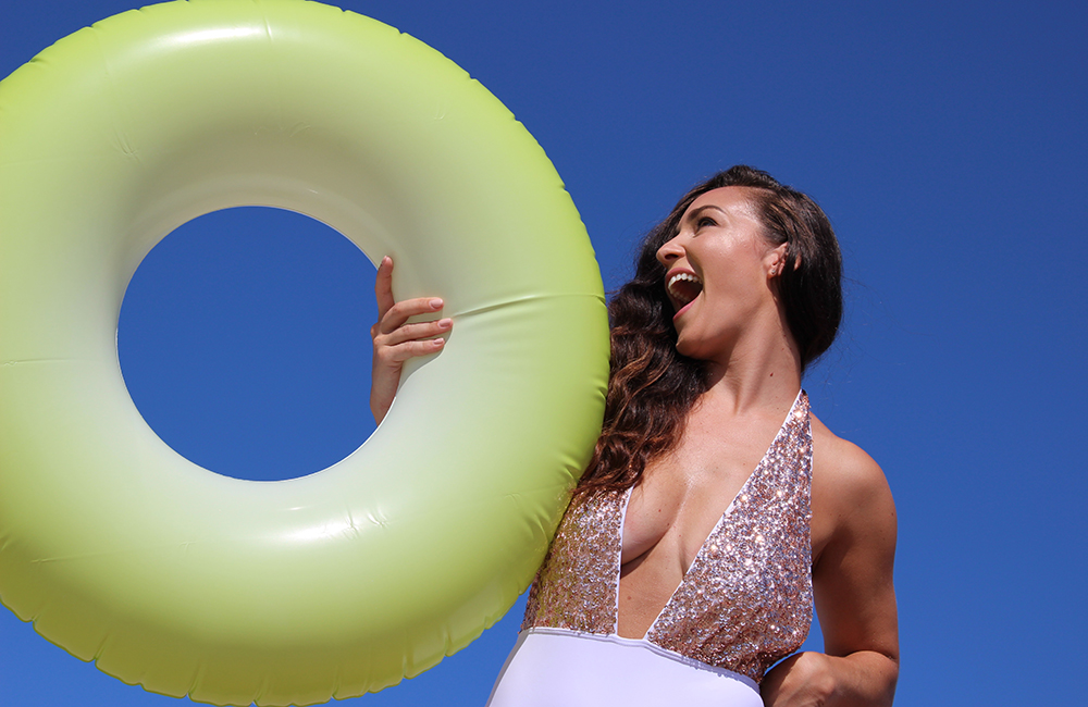 plus-size-model-beach-shoot-6
