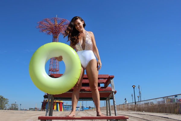 plus-size-model-beach-shoot-9