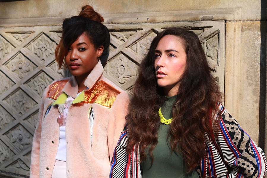 danidk-merideth-morgan-female-bloggers-fall-jacket-trends-2016-22