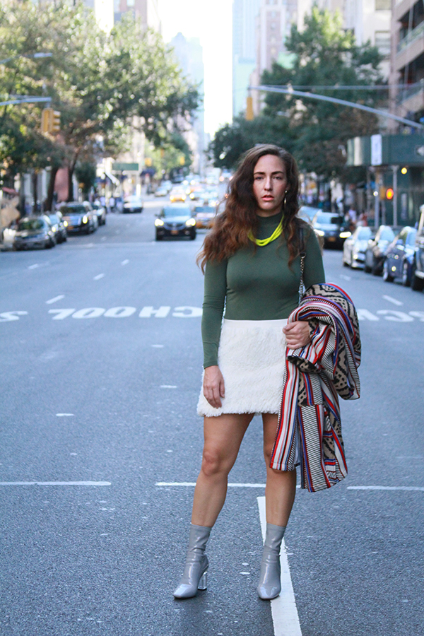 danidk-merideth-morgan-female-bloggers-fall-jacket-trends-2016-8