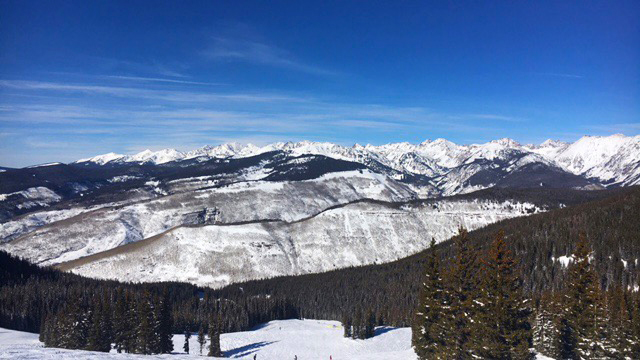 Vail-Colorado-us-burton-open-skiing-travel-blogger-17