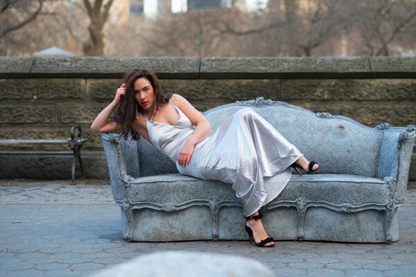 liz-glynn-furniture-fashion-blogger-ootd-19