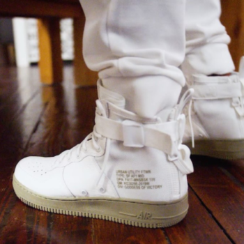 Footlocker x Nike [Ivory/Olive SF Air Force 1 Mid]